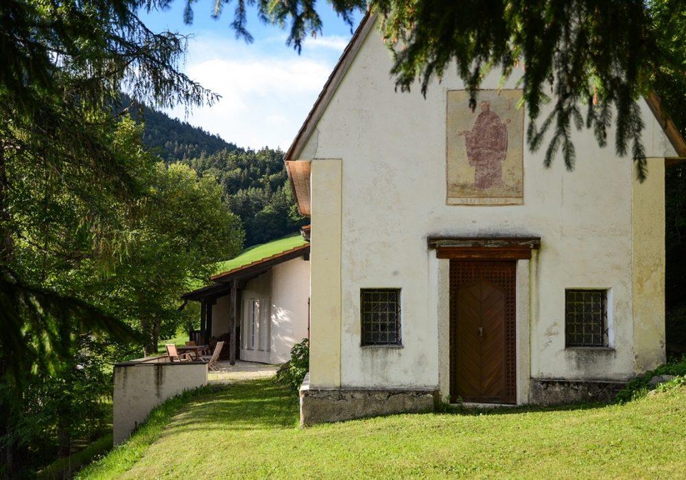 Stankt Leonhard Kapelle